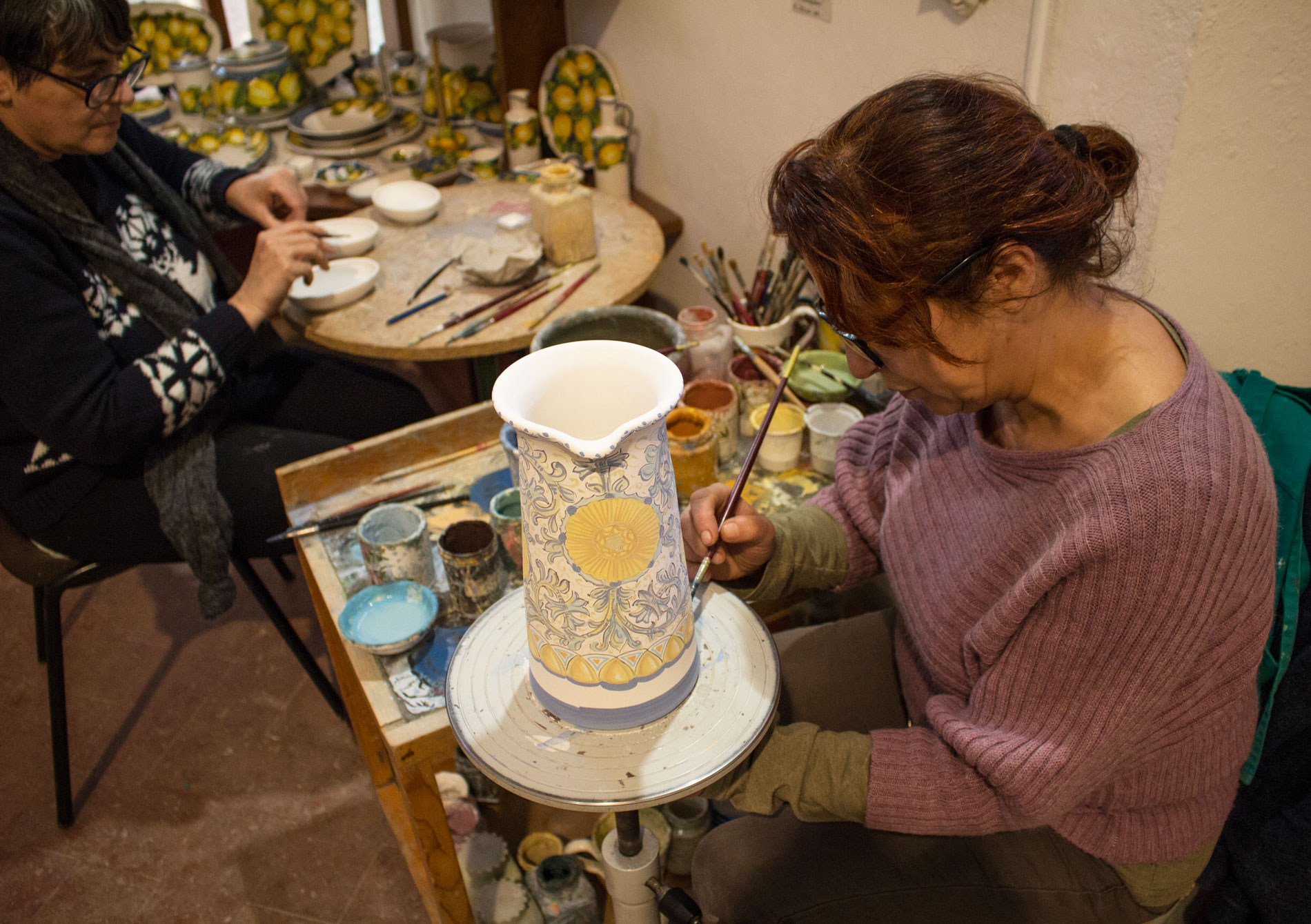 Demonstration on pottery with majolica technique - Certaldo - Tuscany